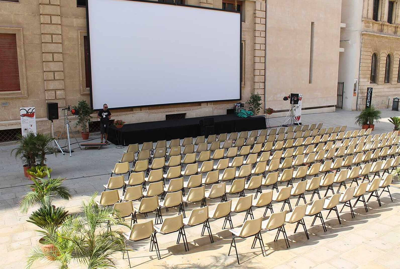 OFF9 - Location: Arena Minerva | Piazza Minerva, Siracusa